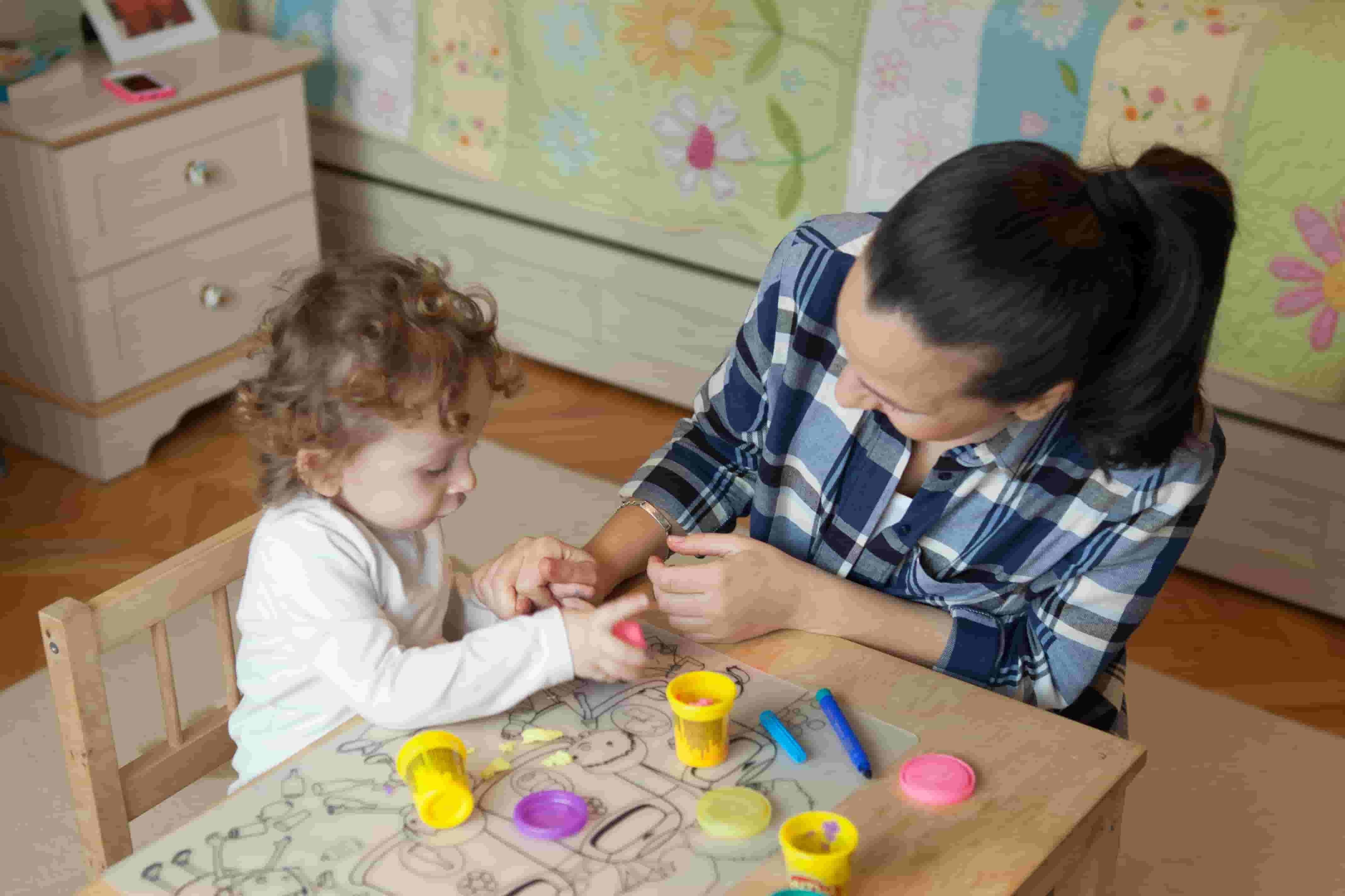 Çocuklara Yabancı Dil Öğretmenin Pratik Yolu: Yabancı Çocuk Bakıcısı