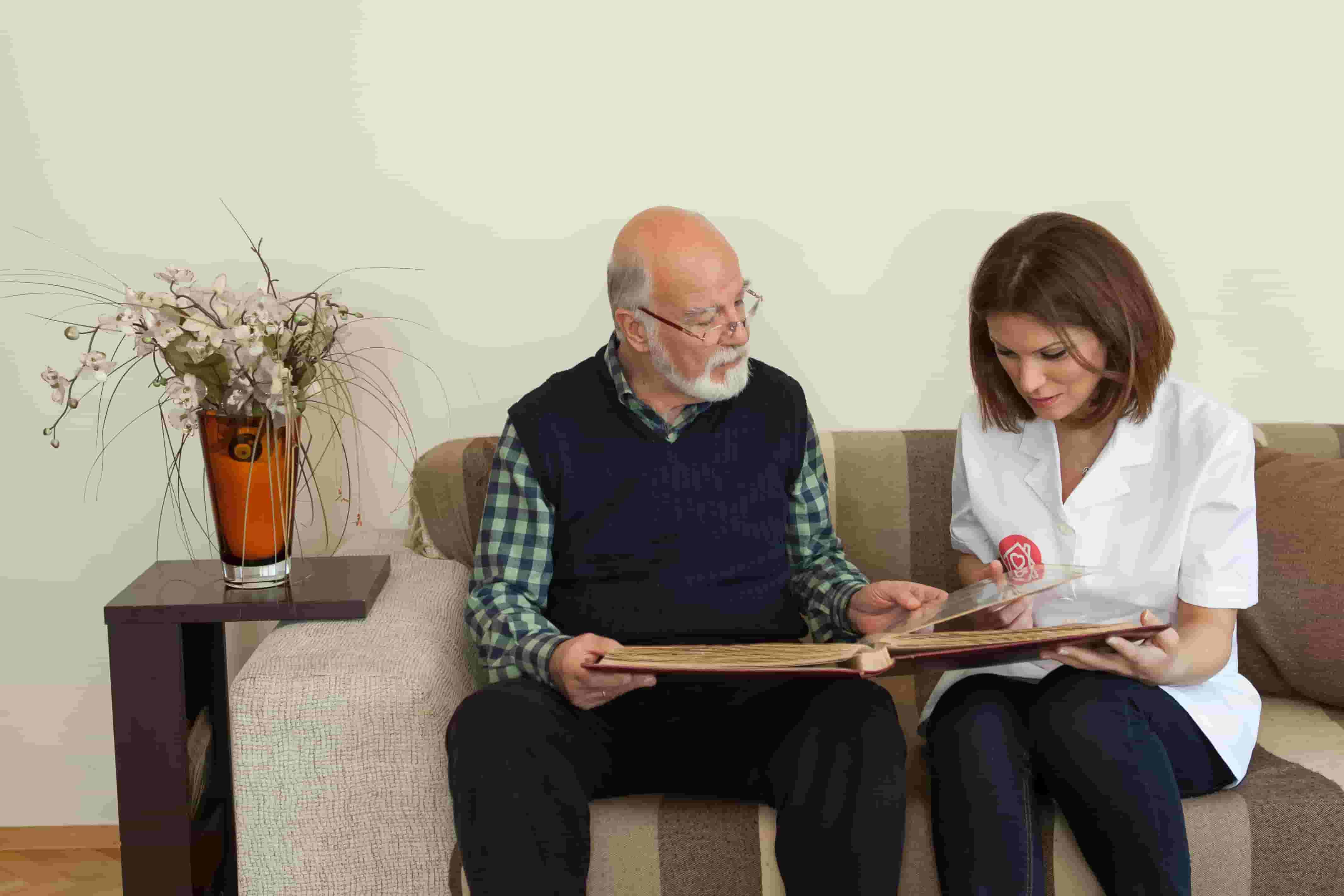Alzheimer Hastasının İhtiyacı Olan Bakım Nedir? 10 Adımda Hasta Bakımı!
